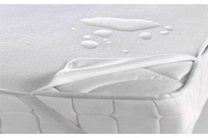 Наматрасник Аква-Stop до 25 см c резинками по углам